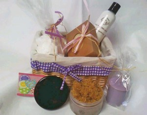 Annie's Goat Milk Soap Love Basket